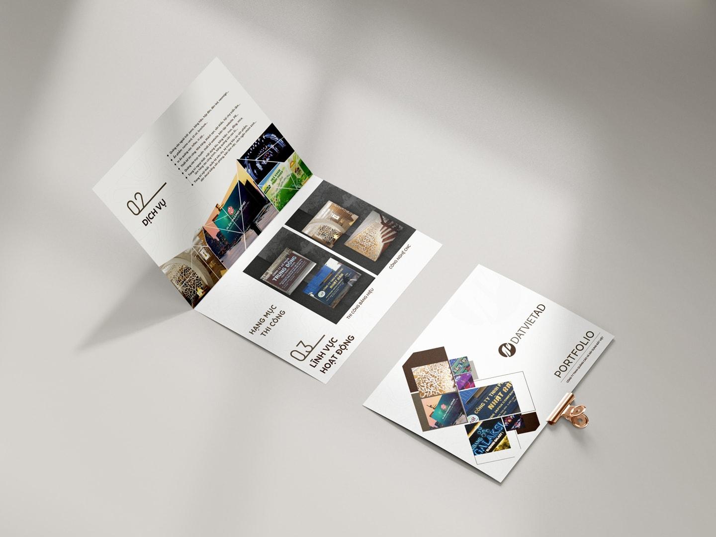 Datviet brochure mockup min
